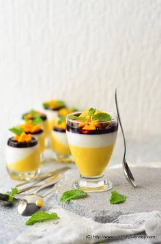Mango-Vanilla Yoghurt Pannacotta with Balsamic Blueberry Sauce - Cubes N Juliennes Indian Food Recipes, Vegetarian Recipes, Ethnic Recipes, Mango Panna Cotta, Mango Recipes, Yummy Recipes, Mango Cream, Mango Puree
