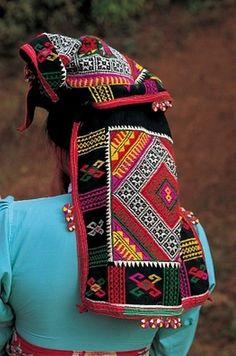 North Vietnam | Headdress detail | © S.Nicolas