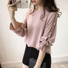 Korean Fashion Pastel, Asian Fashion, Fashion Beauty, Women's Fashion, Tunic Designs, Kurta Designs, Black Satin Shirt, Clothing Co, Designer Clothing