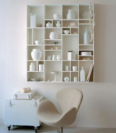 A lot of accessories but because everything is white, it's not chaotic. Beautiful!