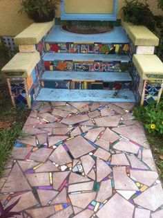 If you are thinking about adding a new design to your garden then mosaic decor is one unique and wonderful idea. More and more people decide to add mosaic decorations in their yards and. Pebble Mosaic, Mosaic Art, Mosaic Glass, Mosaic Tiles, Mosaic Floors, Stained Glass, Mosaic Crafts, Mosaic Projects, Garden Projects
