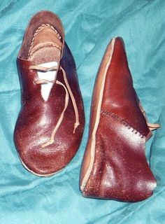 14th century turn shoes