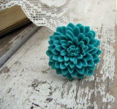 Bright and beautiful flower ring from Acute Designs on #Etsy