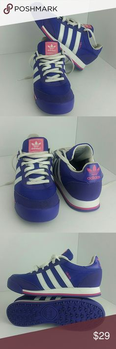ADIDAS ORION WOMEN SHOES IN GOOD CONDITION   SKE # AB ADIDAS  Shoes Athletic Shoes