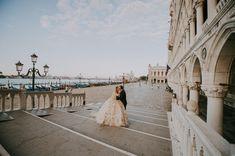 #bride2018 #wedding2018 #weddinginvenice #weddinginspiration #venezia #venice #wedding #weddingblogger #huffpostgram #greenweddingshoes #theweddinglegends #destinationwedding #venicewedding #veniceweddingphotographer #veniceweddingplanner #weddingplanners #italywedding #weddingphotography #italyweddingphotographer #capriwedding #tuscanywedding #thebelovedstories #italyweddingphotographer #weddingphotomag #love #vsco #travel #travelblogger #engagementphotos