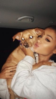 Ariana Grande and Toulouse, 2017
