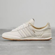 adidas Originals Jeans MKII: Cream