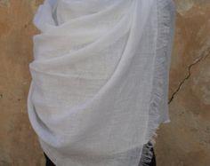 Doux foulard lin / écharpe de printemps / délavé châle en lin / Lin enveloppe lin Womens foulard / écharpe en lin pour homme / SHIPPING Worldwide