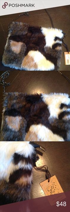 "🆕faux fur raccoon purse ! Super cute!!!! New tagged  8.5x11"" great season accessory cute and NO real fur🤗🤗👍🏻☺️ molly bracken Bags"