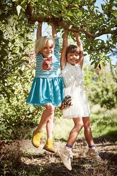 Can't decide whether to dress up or dress down? Do both. We've taken a sporty top in stripy jersey fabric, added a sparkly woodland creature and completed the dress with a girlie skirt in tulle. Don't worry parents – it's machine washable.