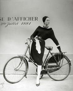 Ivy Nicholson pour le journal Réalités Paris 1956 Photo Georges Dambier