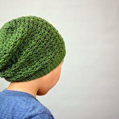 Crochet Slouch Beanie  #yarn #handmadebyphanessa #crochetgirlgang #crocheted #crocheting #crochetaddict #knitting #crochetbeanie