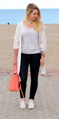 La belle Marie - EnjoyPhoenix - avec le sac Sofia couleur Pêche.