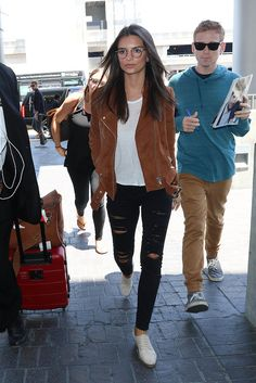 35 Practical Tips You Can Take From the Most Stylish Supermodel Airport Outfits: Copy the outfits the supermodels pull off at the airport?