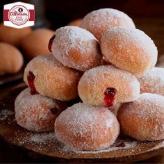 Sweet treats don come much sweeter than our delicious Baked Doughnuts. Suited to beginners, these baked doughnuts can be made at home in just six steps with Allinson sweet dough. Doughnut fans might also enjoy our American-style Glazed Ring Doughnuts. Jam Doughnut Recipe, Jam Donut, Donut Recipes, Baking Recipes, Dessert Recipes, Appetizer Recipes, Beignets, Sweet Dough, Baked Doughnuts