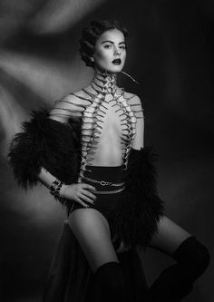 Photo by Kate Strucka of Aleksandra Szczęsna, wearing Nika Danielska Couture Dark Fashion, High Fashion, Street Fashion, Fashion Beauty, Men's Fashion, Macabre Fashion, Prince Charmant, Inspiration Mode, Dark Beauty
