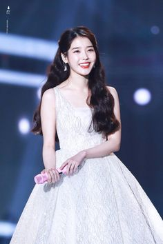 Top 10 Most Successful and Beautiful Korean Drama Actresses iu, kdramas, kpop Iu Fashion, Korean Fashion, Kpop Girl Groups, Kpop Girls, Korean Celebrities, Celebs, Korean Girl, Asian Girl, Iu Twitter