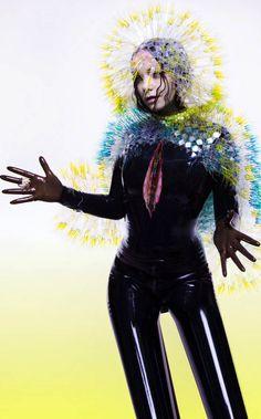 Mamasototota Björk