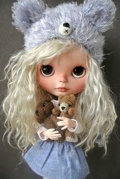 http://www.ebay.com/itm/OOAK-CUSTOM-BLYTHE-ART-DOLL-NELL-SUEDOLLS-/141511204755