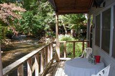 Maggie Valley  Cabin, 1 Bedroom + Den, 1.5 Baths (Sleeps 2)