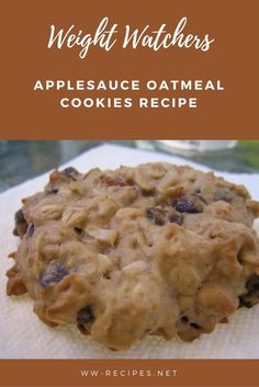 Weight Watchers Applesauce Oatmeal Cookies Recipe This Cookies Recipes is so flavorful. The best recipe you'll ever have! Weight Watcher Desserts, Weight Watchers Snacks, Weight Watcher Cookies, Plats Weight Watchers, Weight Loss Meals, Weight Watchers Cheesecake, Weight Watcher Oatmeal Cookie Recipe, Weight Watchers Brownies, Recipes