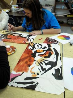 Lessons from the Art Room: Cropped Animal Portrait Paintings: Art I Classe D'art, Middle School Art Projects, Art School, 7th Grade Art, Animal Art Projects, Art Education Lessons, Teen Art, School Painting, Painting Lessons