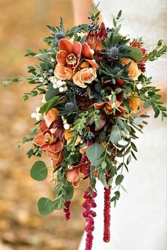 Autumn Wedding Flowers: Bouquet Inspiration. #wedding #flowers #brides #floral #women's #weddinginspiration #weddingdecorations #weddingideas