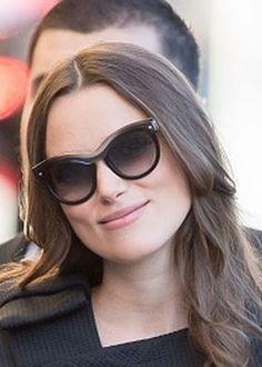 Who made Keira Knightley's black sunglasses? Black Sunglasses, Sunglasses Women, Bend It Like Beckham, Keira Knightley, Golden Globes, Salvatore Ferragamo, Brows, Actresses, Clothes