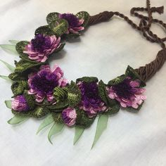 This Pin was discovered by Bur Fabric Necklace, Fabric Jewelry, Beaded Jewelry, Jewellery, Freeform Crochet, Crochet Shawl, Crochet Lace, Beaded Flowers, Crochet Flowers
