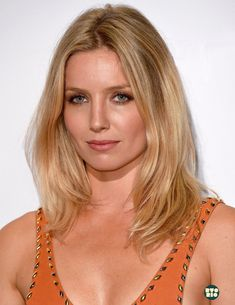 Hollywood Tv Series, The Hollywood Reporter, Hollywood Stars, Hollywood Actresses, Beautiful Women Over 40, Beautiful Eyes, Prettiest Actresses, Beautiful Actresses, Annabelle Wallis