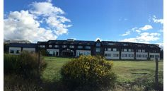 Rochester Calafate El Calafate Overlooking Lago Argentino and just metres from Bahía Redonda bay, Rochester Calafate offers free Wi-Fi, free breakfast and panoramic views of the Patagonian landscape. It is situated on Libertador, the main avenue in El Calafate.