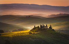 Silence by Stefano Termanini on 500px Early morning in Tuscany ( farmhouse,italia )