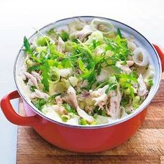 Stew with salted mackerel, leek and rocket Dinner Side Dishes, Dinner Sides, Fish Recipes, Great Recipes, Snack Recipes, College Meals, College Recipes, Healthy Recepies, Good Food