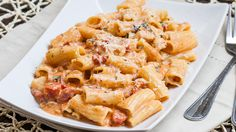 Rigatoni in Blush Sauce with Chicken and Bacon (skillet)