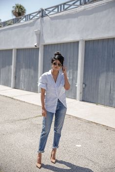 Browse petite outfit inspiration from bloggers with street style we love | @walkinwonderland