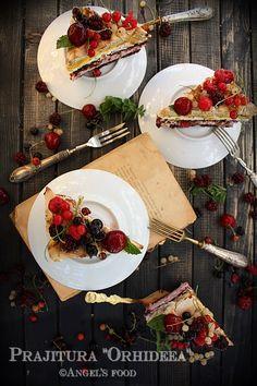 Angel's food: Prajitura Orhideea Pavlova, Table Settings, Cake, Food, Photos, Pictures, Kuchen, Essen, Place Settings