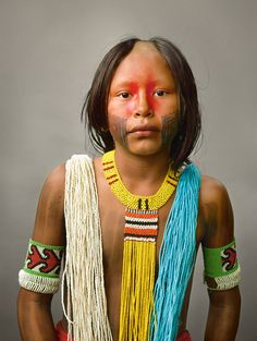 Kayapo Portraits | PHNH-ÔTI has an inverted V shaved into her scalp, a ceremonial female practice. | ©Martin Schoeller