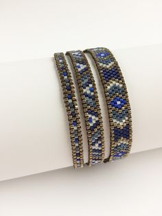 Bracelet Wrap Delica in Pewter-Bleu Made by Marian Reiniers
