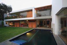 넓고 시원한 개구부와 빗살무늬 파고라 주택 - Daum 부동산 커뮤니티