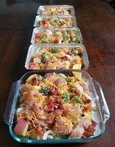 Kylee Cooks: Freezer Cooking: Chicken, Broccoli, Bacon & Potato Bake --we really hated this dish. I made two of them when I was doing freezer meals and suspect the second one will go uneaten. Chicken Freezer Meals, Easy Freezer Meals, Freezer Cooking, Freezer Recipes, Freezer Dinner, Dinner Meal, Freezer Friendly Meals, Bulk Cooking, Frozen Chicken Meals