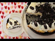 Cheesecake? delícia. De oreo? Melhor ainda. Essa receita é uma variação de outro cheesecake que já tenho no blog… Mini Cheesecake, Light Diet, Sweet Recipes, Waffles, Sweet Tooth, Pie, Cooking, Breakfast, Desserts