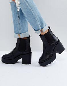 New Look Chunky Heeled Chelsea Boot