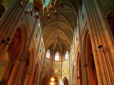 Gothic Architecture Ribbed Vault ~ http://lanewstalk.com/the-moody-and-dark-gothic-architecture/