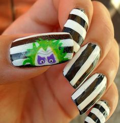 WHAT THE .. I AM IN LOVE WITH BEETLEJUICE NAILS! I AM OBSESSED!!!!!!!!!!!!!!!!!!