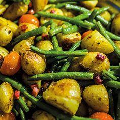 Röstkartoffeln mit Speckbohnen und Kirschtomaten
