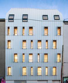 Wooden Housing Building / JTB.architecture