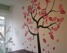 Muursticker safari boom meisjeskamer met uilen licht roze en donker roze - Stickerkamer