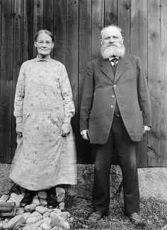 Mr and Mrs Andersson, Brunn, Gästrikland, Sweden by Swedish National Heritage Board, via Flickr