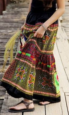 This is a beautiful hand-embroidered Thai skirt. ~ Long skirts are the required dress code for women visitors to the Bangkok temples. Sandals would also be easy for slipping off, as shoes are not allowed either. ~ I would love to have this beautiful skirt for just those occasions.