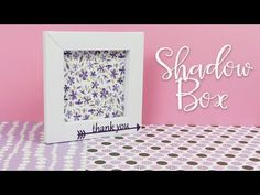 Come fare una Shadow Box o cornice di carta – DIY Shadow box Paper Frame Diy Shadow Box, Shadow Box Frames, Easy Paper Crafts, Diy Paper, Paper Photo Frame Diy, Big Cardboard Boxes, Origami Box Tutorial, Paper Flower Wall, Origami Design